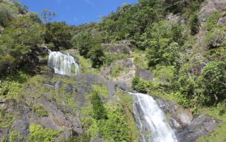 Waterfall und bald Zuhause in Townsville